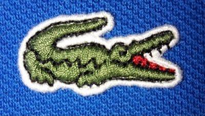 4cbc1a55fa4 OBS  As imagens dos crocodilos podem diferir um pouco da tonalidade vista  ao vivo
